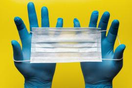 Sanidad desaconseja el uso de guantes por la calle