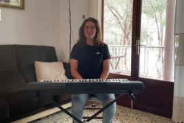El piano de Mariona Caldentey como terapia para el confinamiento