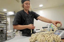 'Operación Kanelbullar': Bollos suecos para los héroes de la crisis de la COVID-19