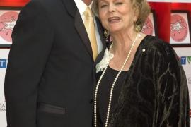 Muere Shirley Douglas, actriz y matriarca de la familia Sutherland