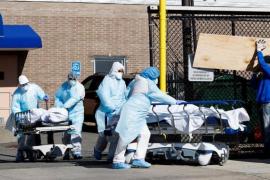 Nueva York plantea entierros temporales en parques ante morgues desbordadas