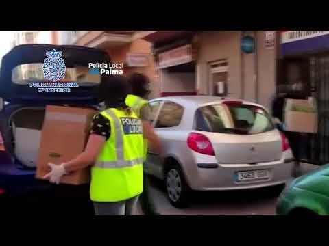 Los detenidos por el 'supermercado' de droga en la plaza Serralta la servían a domicilio