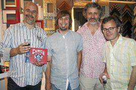 Álex Fito presenta su nuevo cómic 'Camila' en la Galería Sampol
