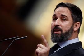 Abascal desgrana los «bulos y mentiras» del Gobierno y pide la dimisión de Sánchez e Iglesias