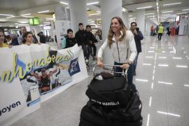 La regatista mallorquina Paula Barceló vuelve a casa