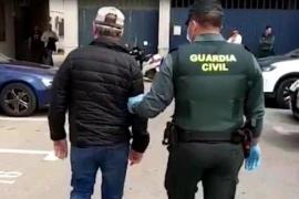 Publica un vídeo diciendo que ha viajado a Torrevieja para contagiar el virus y acaba detenido