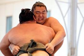 El COVID-19 también llega al sumo: primer caso de un luchador contagiado