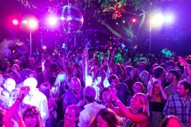 Restaurantes, bares, discotecas y tiempo de ocio, a la espera...