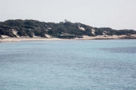 La isla de Ibiza desierta durante el Viernes Santo, en imágenes (Fotos: Arguiñe Escandón).