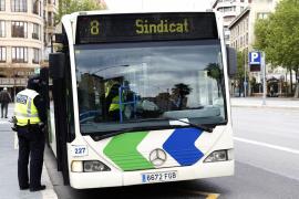 El Gobierno repartirá 10 millones de mascarillas a quienes viajen en transporte público