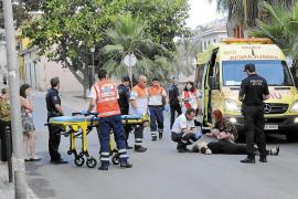Una mujer se cae de un descapotable mientras estaba de fiesta en Andratx