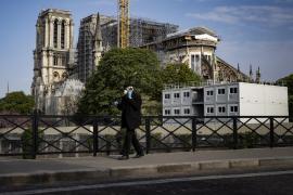 Francia suma 14.393 muertes por la COVID-19, 561 más en 24 horas