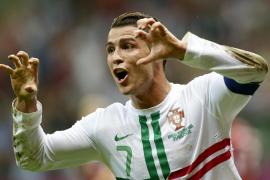 Cristiano rescata a Portugal