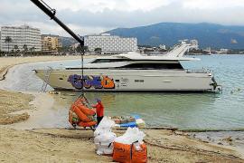 Arranca el desguace del yate varado en Palmanova