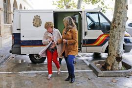 Archivan el caso de la exprofesora de la UIB acusada de quemar el coche de su hija en Palma