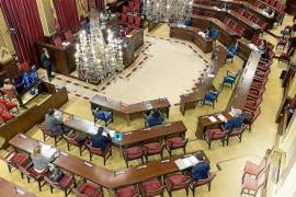 Los diputados optan por donar parte del sueldo en lugar de rebajarlo