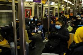 EE.UU. alcanza la cifra récord de muertes diarias por coronavirus