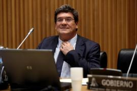 Escrivá cifra en casi 2 millones los afectados por ERTE que ya cobran el paro