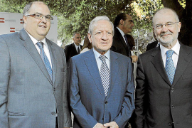 El presidente del Constitucional a Aguirre: «No se critica una sentencia sin leerla»