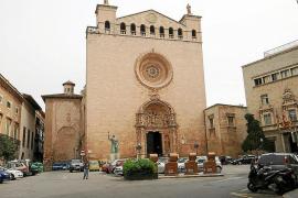 Cada iglesia paga unos 1.000 euros anuales a Cort en impuestos