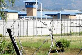 Hallan ahorcado a un preso en su celda de la cárcel de Palma