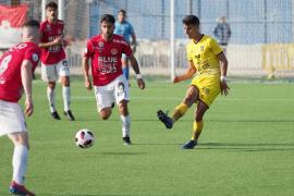 Partido de fútbol CD Ibiza y Formentera