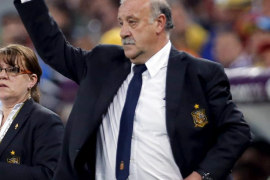 Del Bosque: «Siempre se critica la pareja  Busquets-Alonso, pero es más de ataque que de defensa»