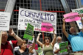 La banca destruyó 14.367 empleos en 2011