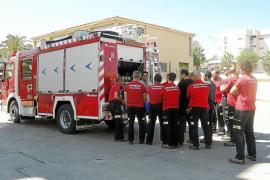Los camiones nuevos de los Bombers de Mallorca están en los parques sin matricular