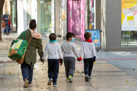 La OMS, sobre el desconfinamiento de niños: «Consideramos que sería interesante»