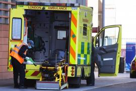 Baja la cifra de los fallecidos diarios por COVID-19 en el Reino Unido
