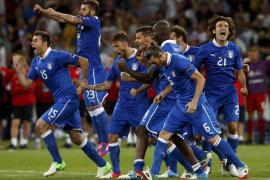 Los penaltis premian el fútbol y la ambición de Italia