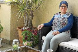 María Pía Cerdà, paciente con cáncer: «Tras la operación era mejor ir a casa que estar en el hospital»
