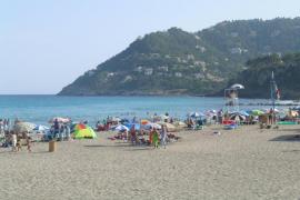 Un hombre de 67 fallece ahogado en la playa de Canyamel