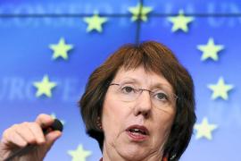 La UE condena el derribo del avión turco por Siria y alerta sobre una escalada militar