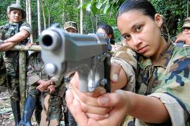 Las FARC utilizan a menores camuflados para detonar explosivos