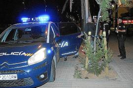 Un móvil capta una brutal agresión a dos turistas en Palma