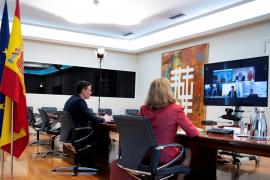 Sánchez, patronal y sindicatos coinciden en la necesidad de un pacto de reestructuración en España