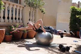 Melani Costa, nadadora: «No ver a la familia es lo peor»