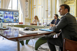 Macron plantea una vuelta a clase voluntaria tras el confinamiento