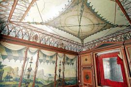 Las obras en el antiguo Centro de la Guitarra aseguran el futuro de las pinturas pompeyanas