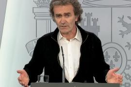Simón dice que España está «en fase de posible control» pero ve lejos la vacuna