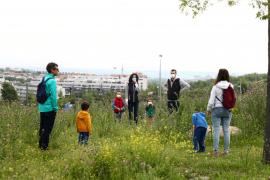 Una aplicación controla y alerta de excesos en el paseo con los niños