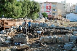 El poblado talaiótico de s'Illot muestra el fruto de su investigación