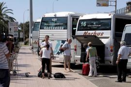 UGT y CCOO convocarán una huelga en el transporte discrecional el 21 y 22 de julio