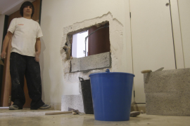 Detenido el hombre que realizó 'butrones' en diez oficinas de Palma para entrar a robar