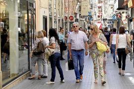Cort subvencionará con bonos regalo las compras en el pequeño comercio