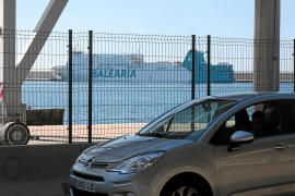 El mar; y Formentera al otro lado
