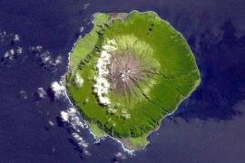 Tristán de Acuña, la isla habitada más remota del planeta