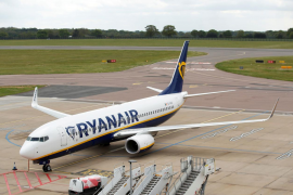 Ryanair se plantea eliminar 3.000 empleos en dos años